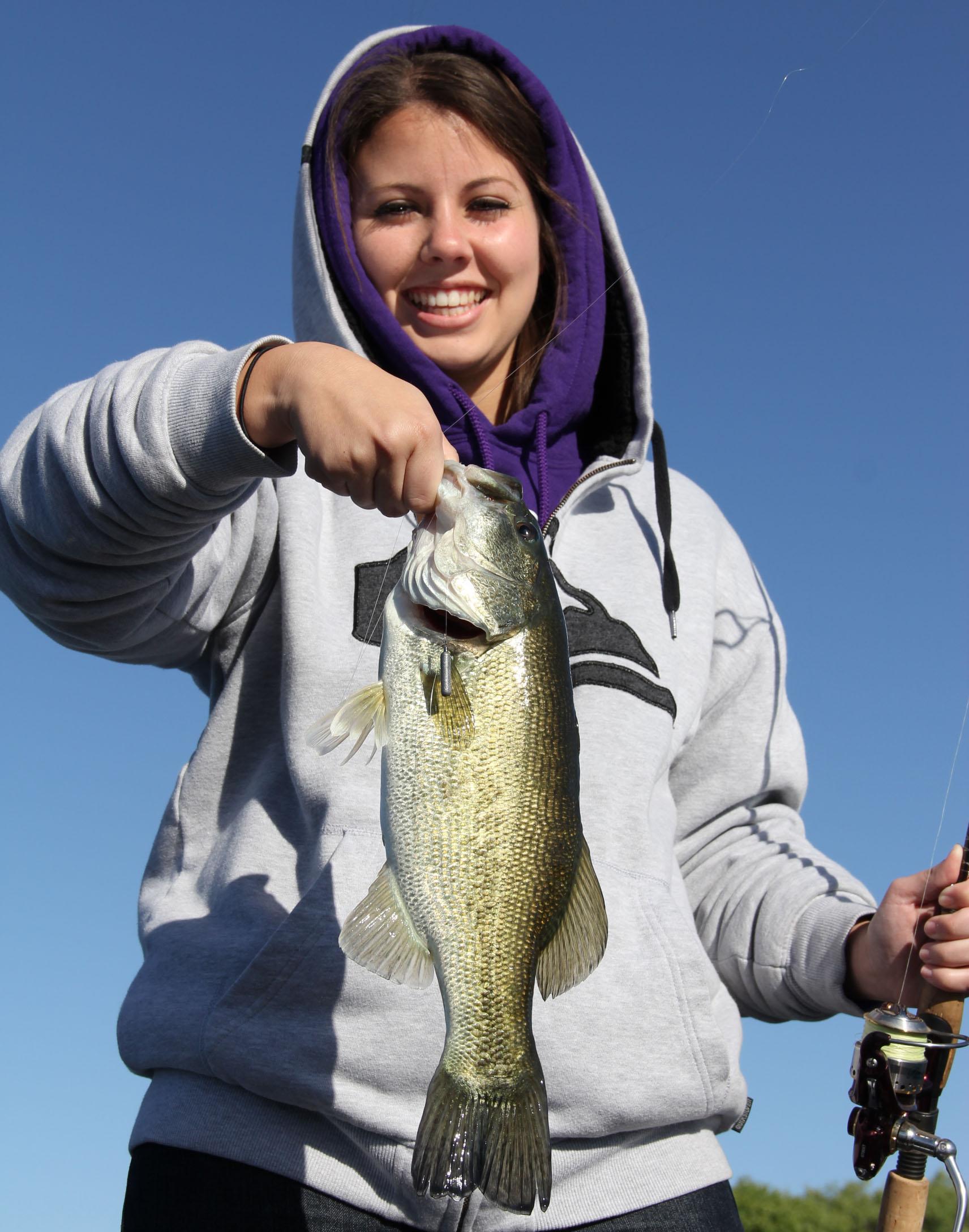 April not on cue at lake skinner kramer gone fishing for Lake skinner fishing report