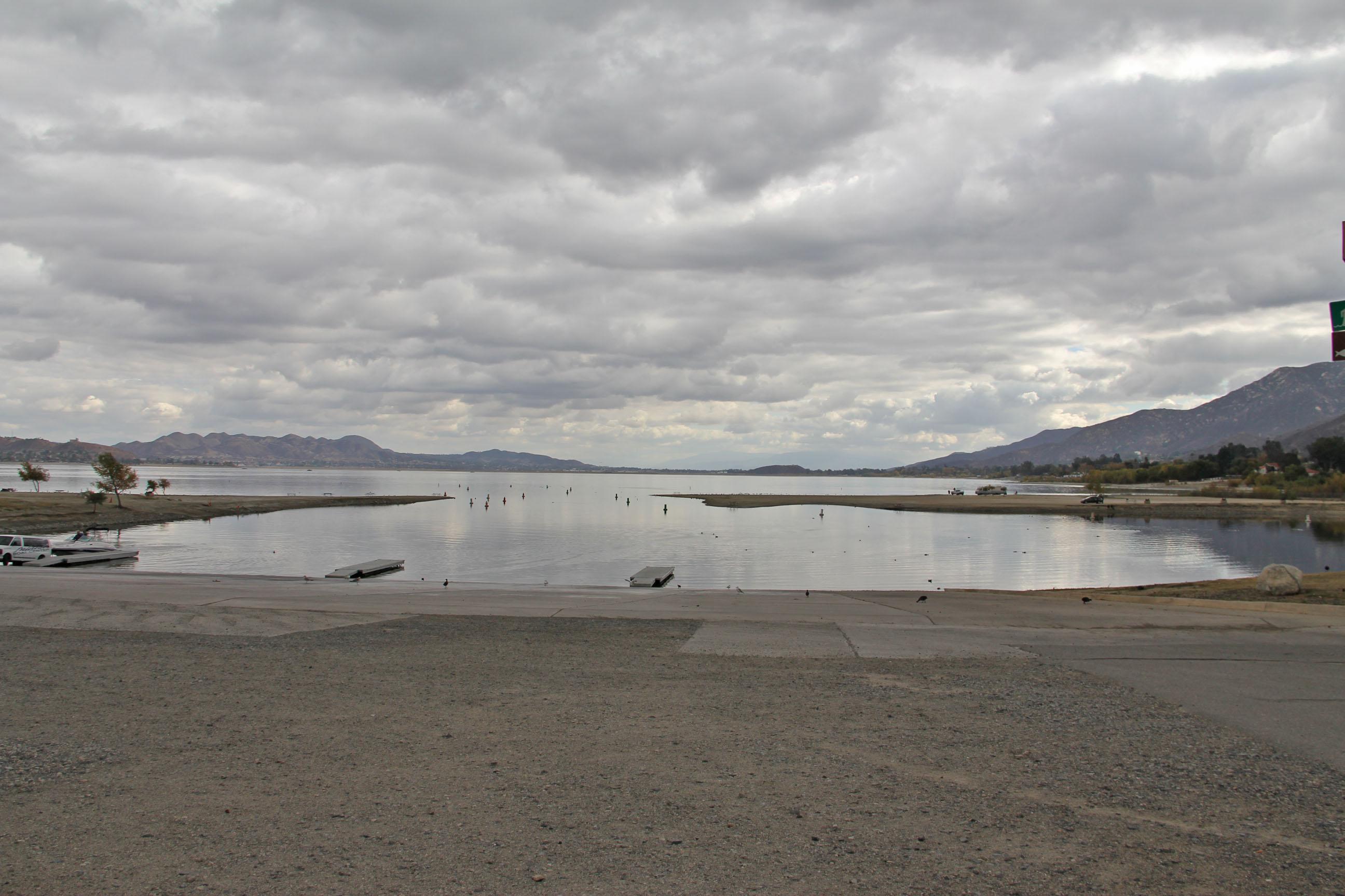 Elsinore photos better than 1000 words kramer gone fishing for Lake elsinore fishing report